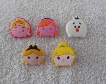 Lot 5 jibbitz tsum tsum (badges for fangs)