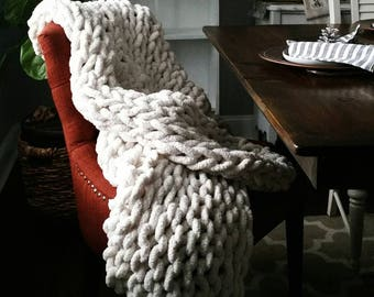 The Big Cozy / Extreme Knit Plush Afghan / Hygge Home Blanket/ Jumbo Knit Blanket