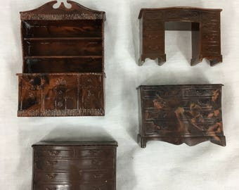 4 Vintage Renwal Dollhouse Furniture Pieces China Hutch, desk, 2 dressers Red Marbled