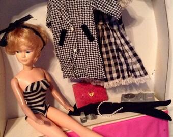 Out of town VINTAGE Bubble Head Barbie Set!