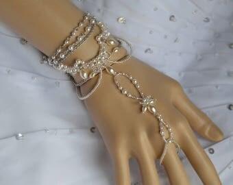 Wedding ring bracelet white pearls and Swarovski - wedding, bridal ring bracelet, wedding ornament pearly gem Crystal