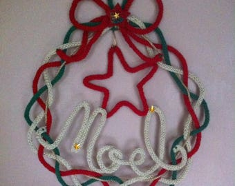 "Crown of ""NOEL"" shabby in knitting and red and green wire"