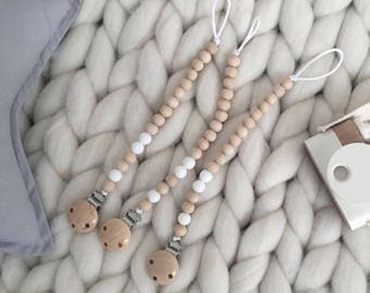 Dummy clip | White | silicone & wood bead
