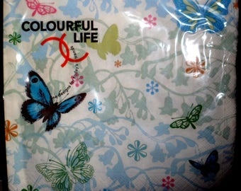 "Package of paper towels brand Colourful Life ""butterflies"""
