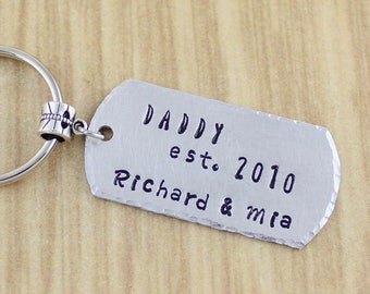 Personalized Daddy Keychain - Dad Keychain - Personalized Father's Day Keychain - Gift From Children - Hand Stamped Key chain Gift For Daddy
