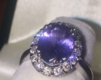 2.75ct Oval Tanzanite ring and Diamond Ring in 18K White Gold