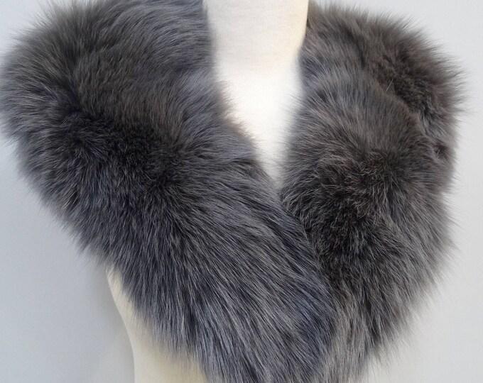 Large Silver Fox Fur Collar F700