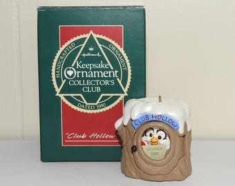 Vintage Owl in Log Club Hollow Hallmark Keepsake Ornament Collector's 1990