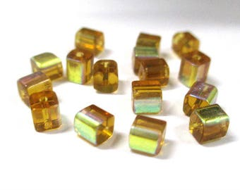 20 yellow square 4mm electroplate glass beads