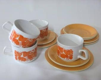 Staffordshire Potteries retro kitch 1970's 4 x Cups, saucers & side plates