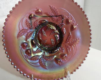 Antique Northwood Carnival Glass Lavender ''STRAWBERRY'' 9 in Plate - Vintage Art Glass - Iridized Collectible Glass(577)