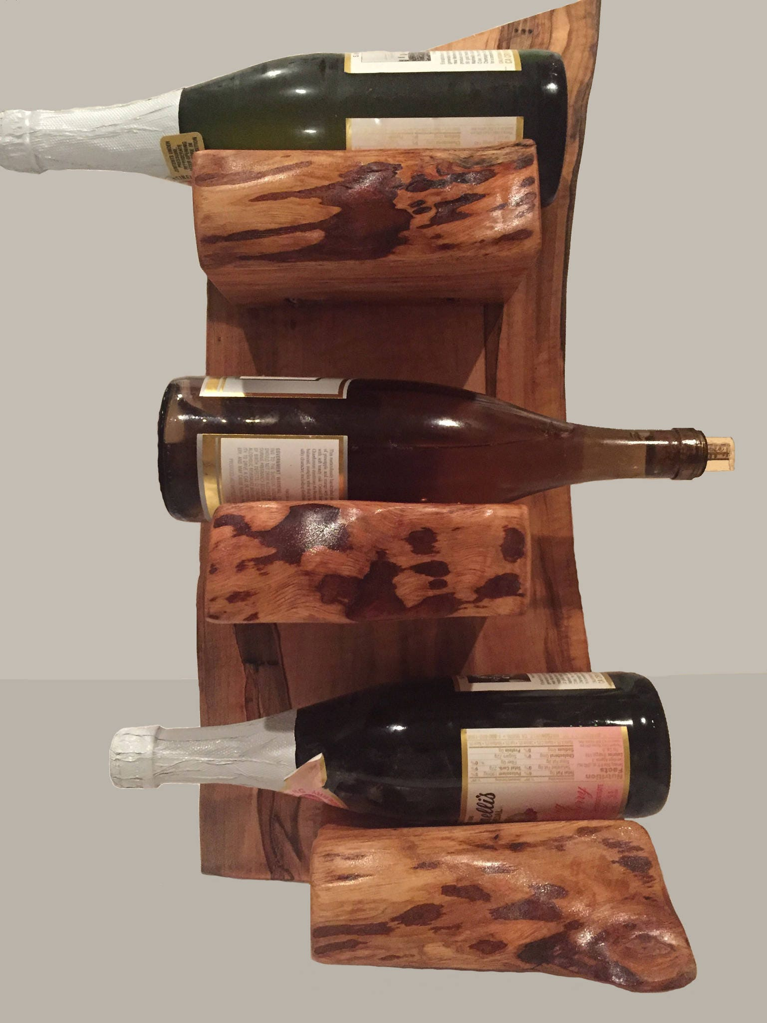 For the spirit sipoer Wood Wine Rack Wine Holder Rack It holds