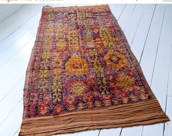 SALE 30% OFF Talsint Chic Moroccan Rug 84 (11'2 x 5'6 ft)
