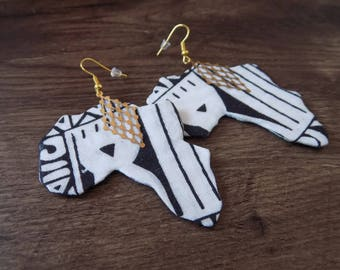 Black and white Africa map earrings.