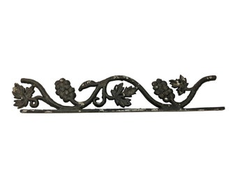 Vintage METAL FINIAL TOPPER black trim fence ornate trim architectural salvage old rustic shabby french chic cottage grape cable leaf gate