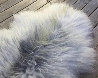 Real natural Sheepskin rug supersoft rugged throw from Norwegian norse breed medium locke length sheep skin white grey gray 18074