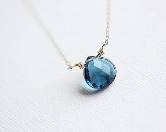 Delicate Blue Sapphire Necklace in Gold - Blue Sapphire Jewelry - Birthstone Necklace - September Birthstone - Sapphire Pendant Necklace