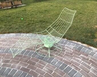 Homecrest lounger / chaise in mint / seafoam