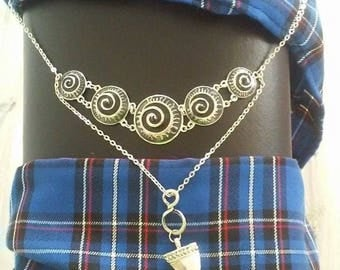 Celtic necklace with pendant symbol drinking Horn