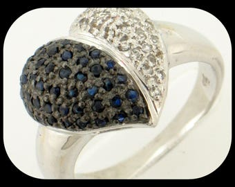 New 14K White Gold 0.92CT Midnight Blue Sapphire & Diamond Cluster Heart RING