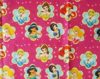 """Tissu Coton imprimé thème """" contes de fées, princesse et reines """""""