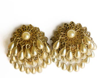 90's Faux Pearl Chandelier Earrings