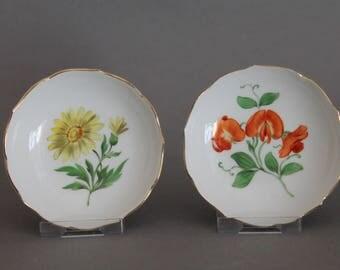 "2 pc Meissen Crossed Swords Flowers Design Small Round Trays 3.15"" in Diameter"