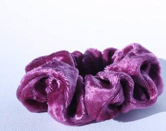 Scrunchie, scrunchies, tie hair, pink velvet