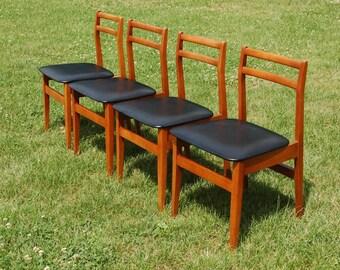 Mid Century Modern Retro Danish Style Set of 4 Dining Chairs Black Vinyl Seats