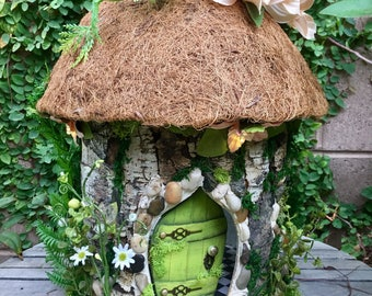Fairy Summer Cottage, 1:12 scale Fairy Dollhouse, custom fairy house