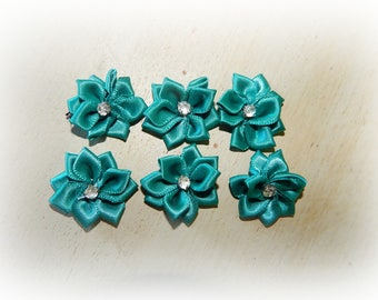 6 appliques 25 mm Green satin ribbon flower