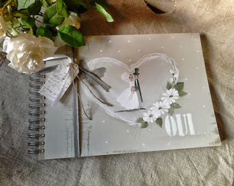 """Guest book for marriage """"Oui"""""""
