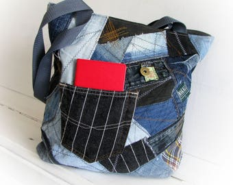 Recycled denim bag with top zipper Jeans tote shopping bag in a single original Zippered patchwork jean handbag Old jean recycling