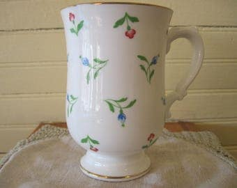 Royal Victoria Englis Bone China Coffee Cup - #1588