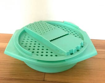 1970's Mint Green Tupperware Cheese Grater