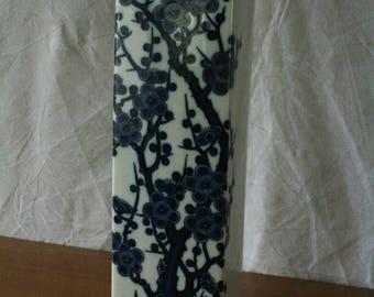 Vintage porceline vase