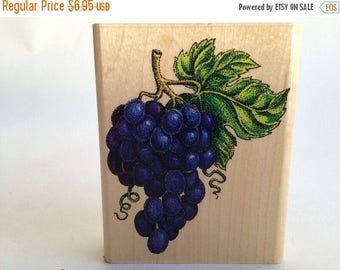 Bunches of Grapes -  Wine Making - Card Making - Rubber Stamp - Vintage ~ 161012C