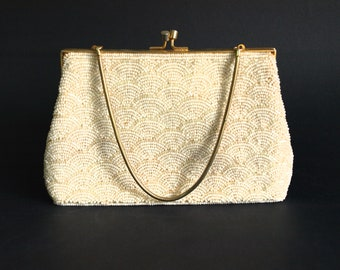 Pearl Beaded Clutch Purse - Vintage Kiss Lock Handbag - Ivory Bridal Shell Shape Beads Evening Bags