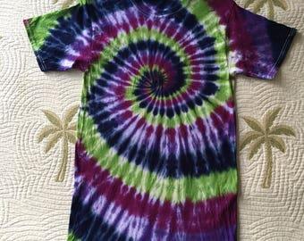 Tie dye spiral tshirt, size small