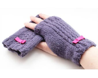 Purple fingerless gloves Knitting kit