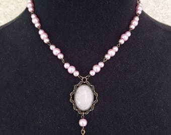 Pink pearl Necklace, Rose Quartz Cabochon, Cameo choker, Pearls necklace, Victorian necklace, Victorian jewelry, Vintage cameo necklace