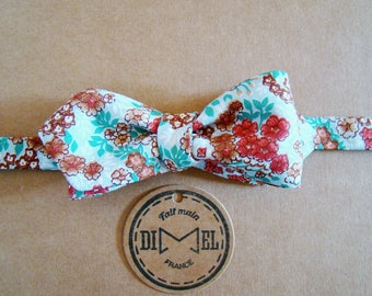 Bow tie adjustable liberty flowers to order