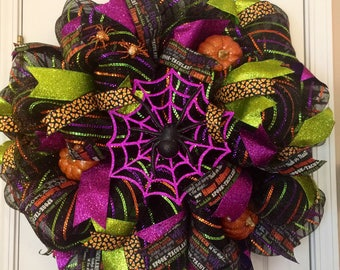 Halloween Wreath, Mesh Halloween Wreath, Classy Halloween Decor, Spiderweb Halloween Wreath, Halloween Door Hanger, Halloween Decor