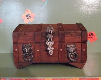 Wood Treasure Chest Valet Stash Jewelry Box Lion Mancave Shelf Decor Storage Rustic Mid Century Modern Retro Vintage