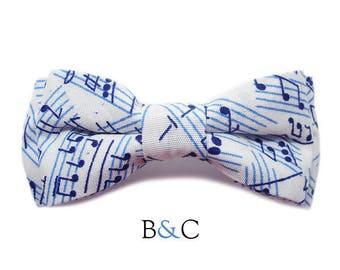 Large Barrette music bowtie.