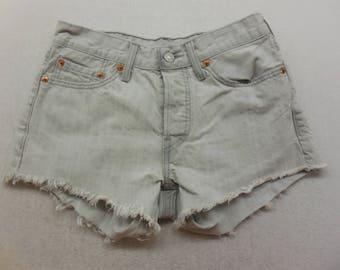 Vintage Womens Gray Wash Denim Levi's 501 Cut Off  Jean Shorts Size 26 W