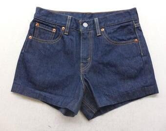 Womens Medium Wash Denim Levi's High Rise Jean Shorts Size 27