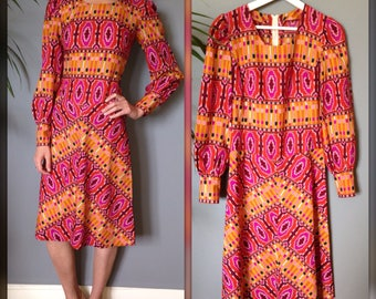 Dress vintage 60s / 70's pink and orange pattern hand sewn, psychedelic Bohemian hippie kitsch (XS-34/36)