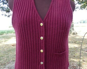 Burgundy Women's Crocheted Knitted Vest with Gold Buttons Size Small/Med (212)