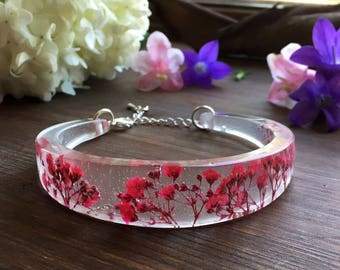 Real flower bangle, resin bangle, statement bracelet, pressed flower jewelry, gift, gift for her, girlfriend gift, terrarium bracelet